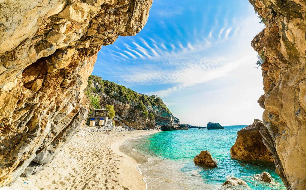 LETUJTE U GRČKIM HOTELIMA PO CENAMA NIŽIM I DO SJAJNIH 60%! Iskoristite jedinstvene Travelland-ove popuste!