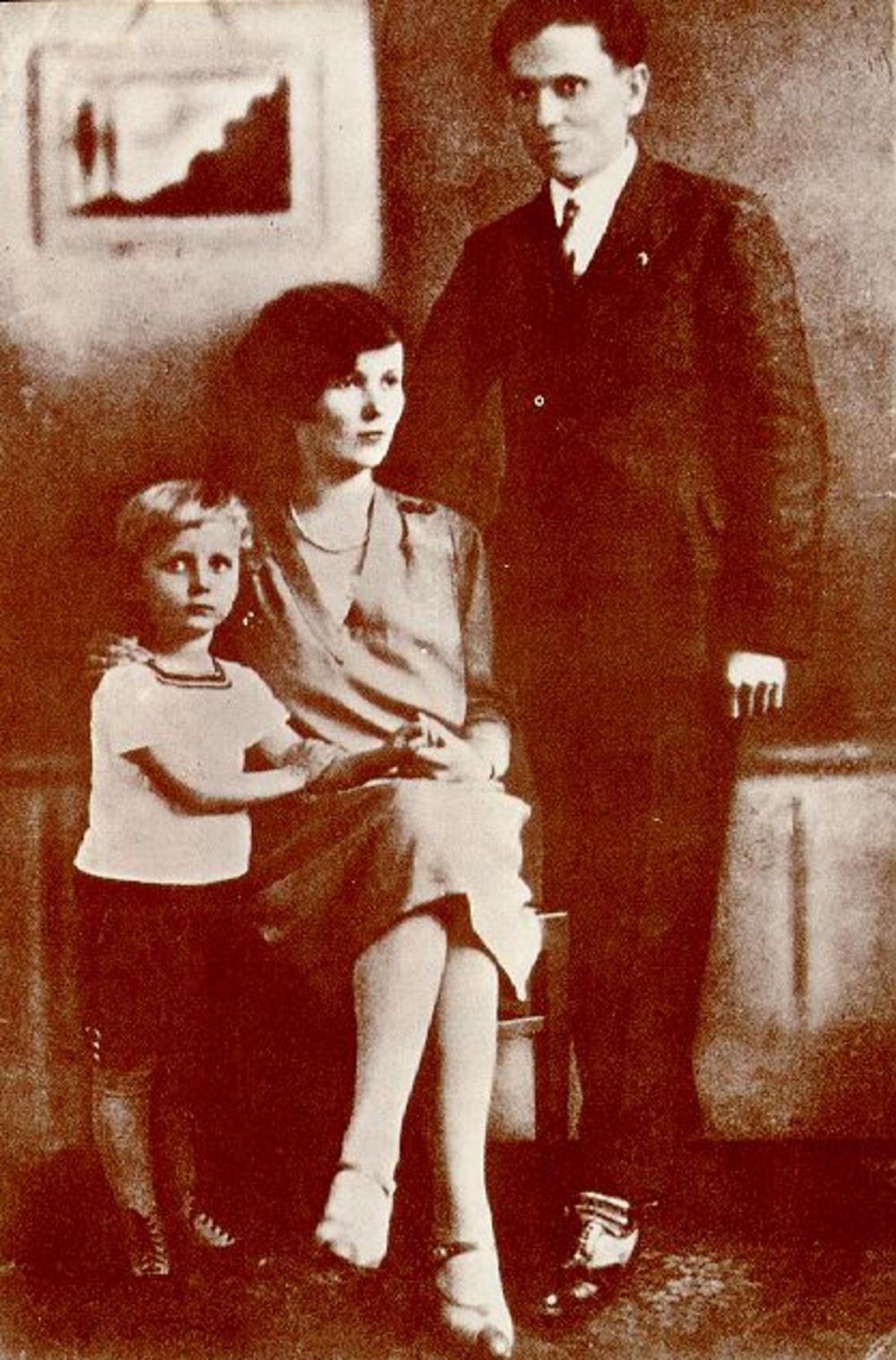 Tito, Polka i njihov sin Žarko