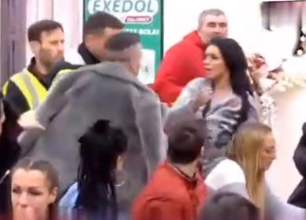 BANE NASRNUO NA ZERINU: Krici odzvanjali Belom kućom, obezbeđenje ih jedva smirili (VIDEO)