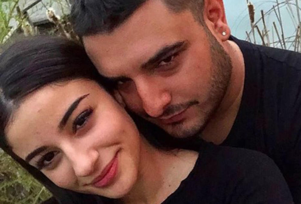 SETIO SE KAKO JE BILO NEKADA: Darko Lazić se slikao sa verenicom, a pratioci PODIVLJALI kada su videli kolika je Marina BOMBA! (FOTO)