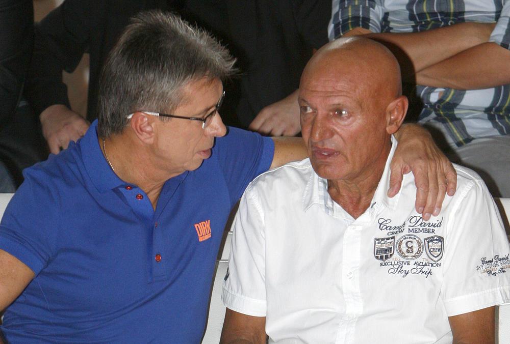 UZRUJALA GA JE ŠABANOVA SMRT, SARAĐIVALI SU GODINAMA: Jedva je našao reči utehe za njegovu porodicu, a ovako je Popović govorio kada je Šaulić napustio Zvezde Granda!