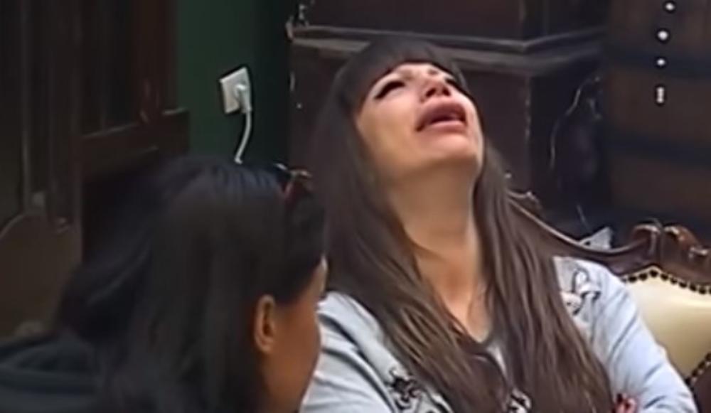 JA SAM MILJANA, MAJKA I NAJGORA U RIJALITIJU! PSUJEM, SRAMOTA ME, GUBIM SE: Kulićevoj se sve smučilo, gušila se u suzama, a ovako ju je Mina UTEŠILA! (VIDEO)