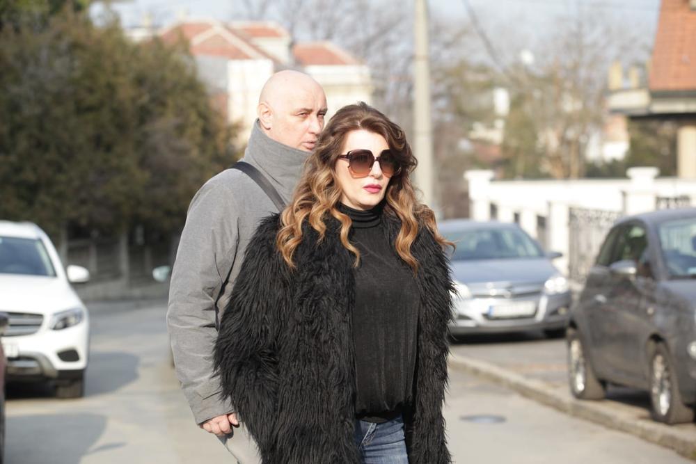 SELJACIMA JE DELILA KASETE! Viki Miljković je nekad češće odlazila u Vrtop i družila se sa njima, a sad im ovako VRAĆA