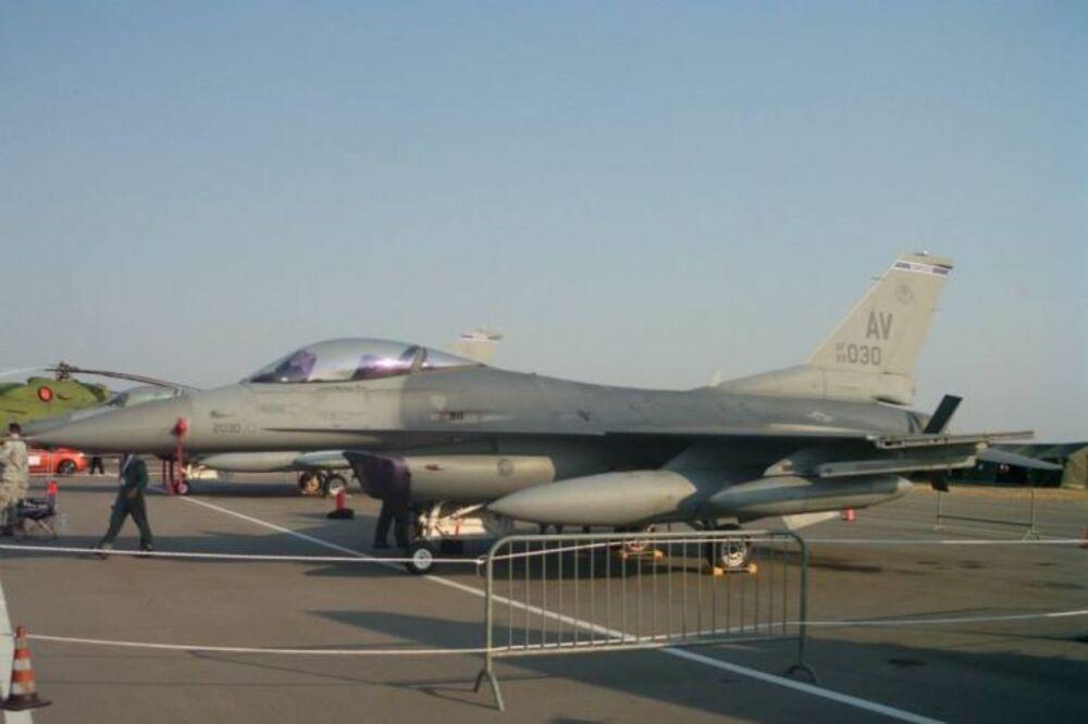 F-16, avion