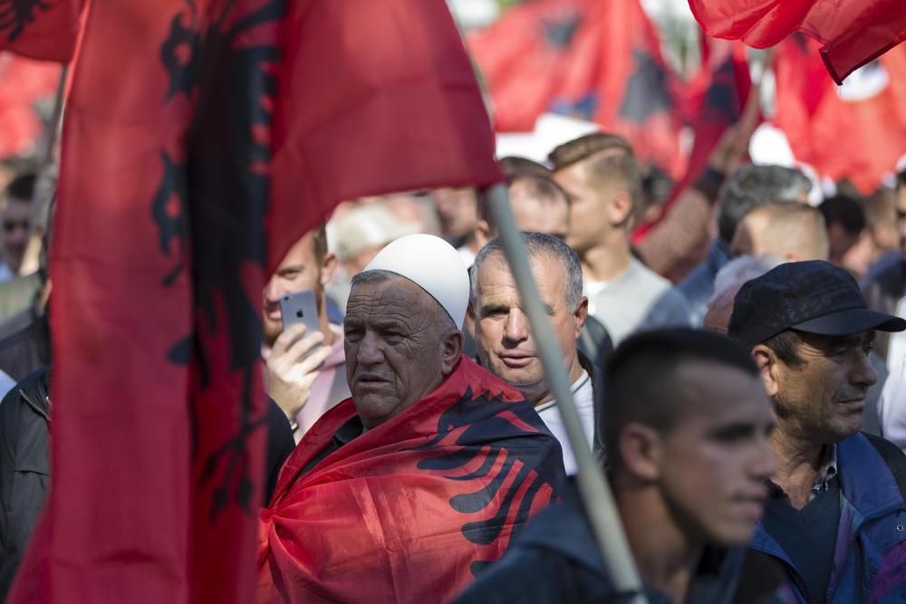 ŠAMAR KOSOVU! FRANCUSKI FIGARO OBJASNIO: 20 godina posle NATO bombardovanja SRPSKI JERUSALIM vode pripadnici OVK i nije onakav kakvim su ga zamišljali pre 8h 5m