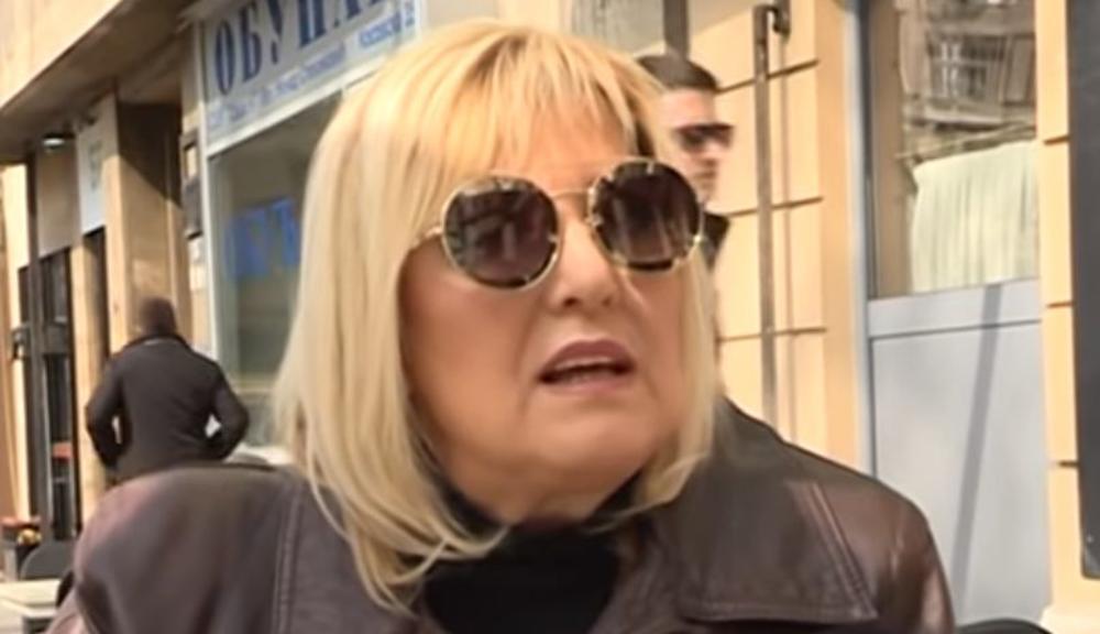 SVE SAM NA MESTU IZMISLILA, A ZNOJ MI SE SLIVAO NIZ LEĐA! Snežana Đurišić doživla neviđeni peh naočigled svih: Pevačica ovo NIKADA neće moći da zaboravi!