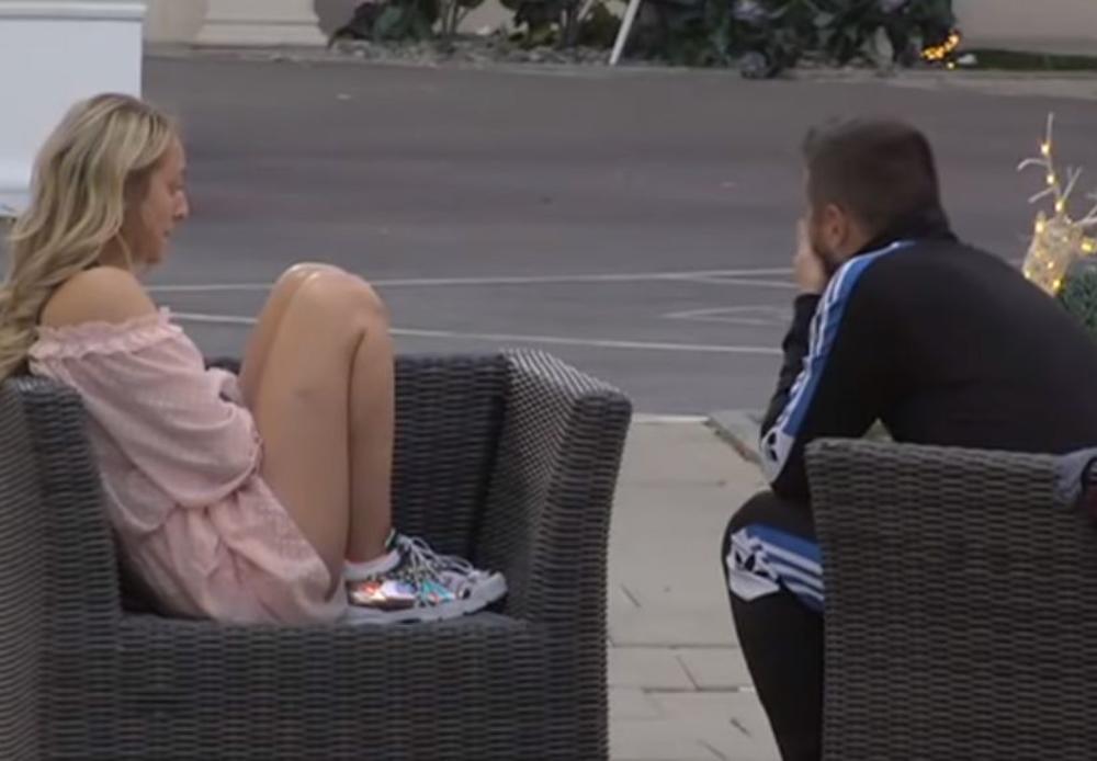 LUNA NA IVICI NERVNOG SLOMA! Zbog Marije Kulić zagrlila kolena i gleda u jednu tečku: Ne može DA SE SABERE! (VIDEO)