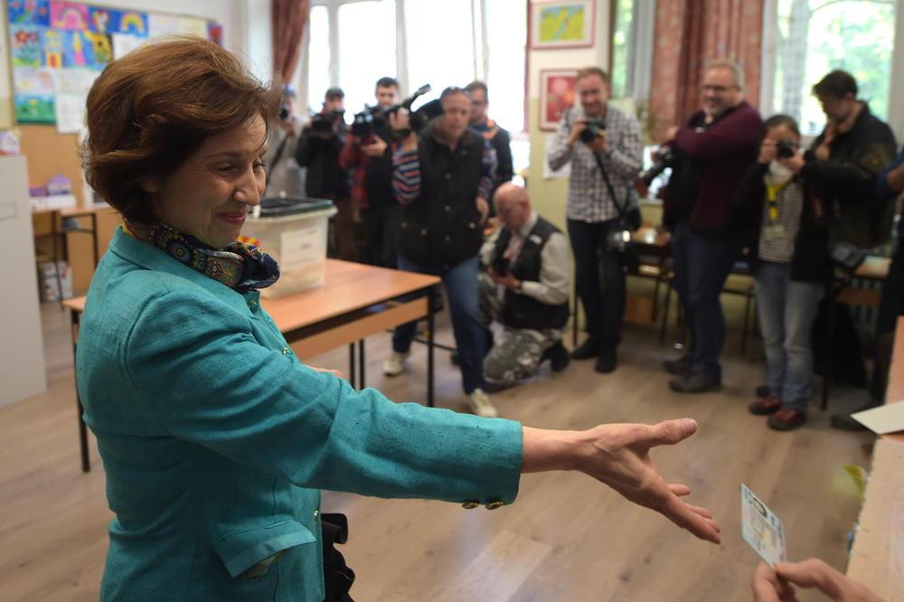 KANDIDAT VLADAJUĆE KOALICIJE IMA BLAGU PREDNOST! Kandidatkinja koju podržava VMRO-DPMNE izjavila: Ako ne odem u drugi krug, glasat ću za kandidata albanske koalicije Bljerima Reku!
