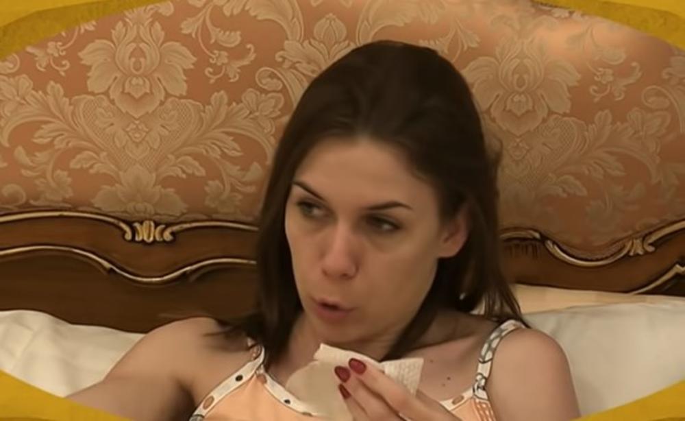 MILIJANA ZAVRŠILA U SUZAMA, VERENIK NEĆE NI DA JE POLJUBI: Postavio joj je ULTIMATUM kog će morati da se DRŽI!