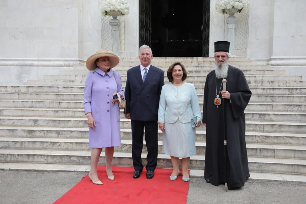 SVE OČI UPRTE SU U PRINCEZU KATARINU: Pogledajte kako se obukla za kraljevsko venčanje! Evo šta je izostavila!   FOTO