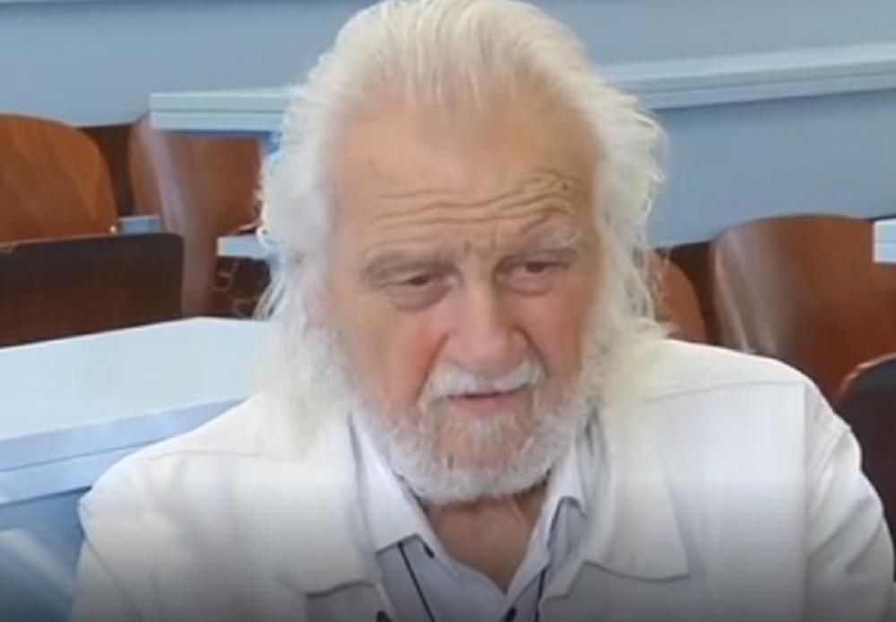 MILAN BOSILJČIĆ (88) DIPLOMIRAO POSLE 70 GODINA STUDIRANJA! Glumac najpoznatiji večiti student konačno uzeo diplomu!