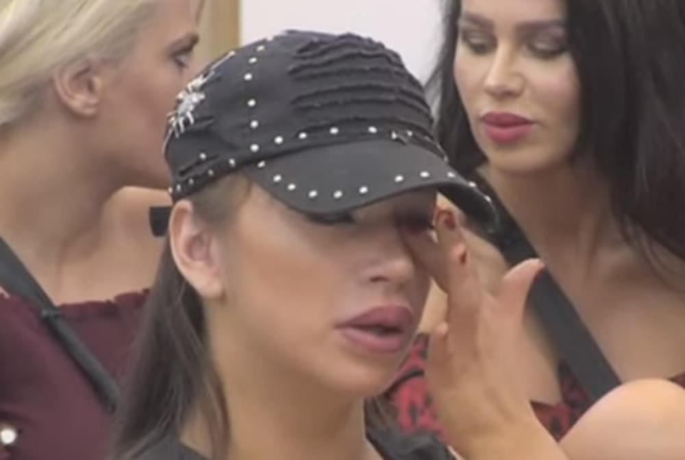 MILJANA CELU VILU DOVELA DO SUZA, A ONDA I SAMA RIDALA: Kada je čula šta njen bivši dečko priča, nije mogla da ZADRŽI SUZE! (VIDEO)