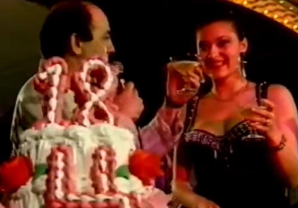 BIO JOJ JE PODRŠKA OD SAMOG POČETKA! Evo kako je Ceca proslavila svoj 18. rođendan! Cela estrada je bila na DORĆOLU, a kad vidite NJEGA zaplakaćete (FOTO)