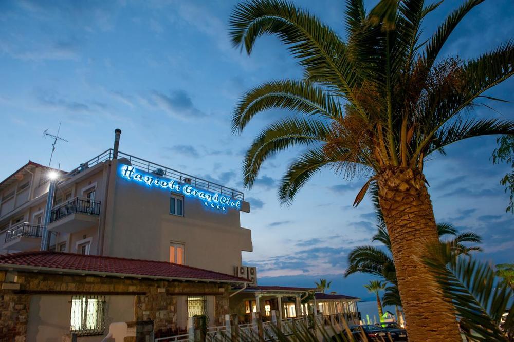 LETUJTE U PRELEPOM GRČKOM HOTELU NA PLAŽI UZ POPUSTE DO 52% I SMEŠTAJ ZA DVOJE DECE GRATIS!