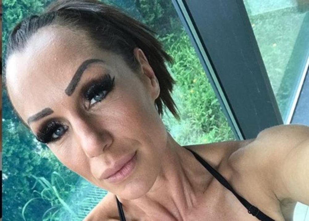 LJUBU PANTOVIĆ ZAUSTAVILA POLICIJA: Aleksandrinu majku stigla velika KAZNA, ali nju baš briga! Evo šta je odmah uradila!
