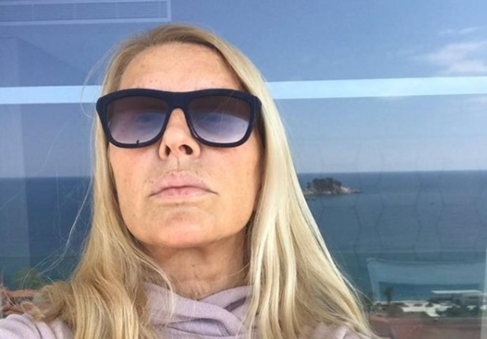 PRVI MUŽ VERICE RAKOČEVIĆ: Kreatorka sada šeta 35 godina MLAĐEG, a sa OVIM ČOVEKOM je dobila Elenu! (FOTO)
