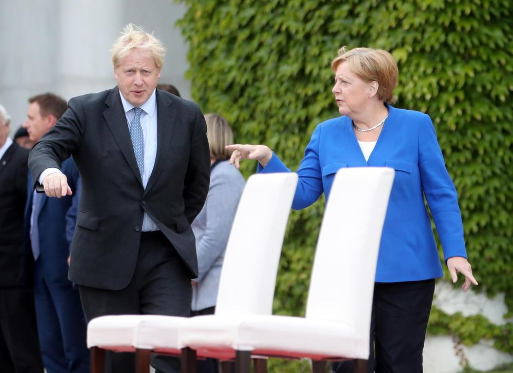 MERKELOVA I DŽONSON VERUJU U SPORAZUMNI BREGZIT: Nemačka kancelarka i britanski premijer u Berlinu ipak zadržali suprostavljene stavove
