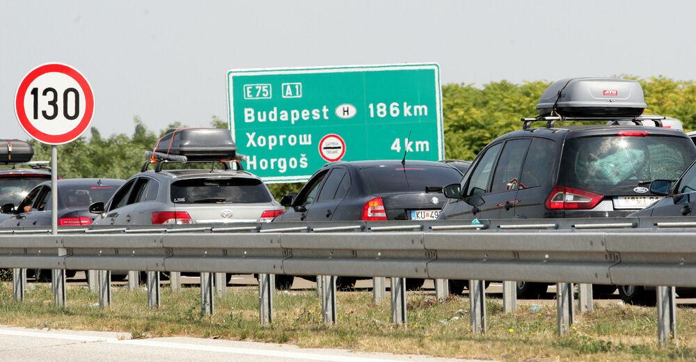 MAĐARI UBLAŽAVAJU KORONA MERE: Otvaraju se tri granična prelaza prema Srbiji