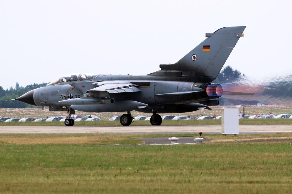 NATO U OČAJU! ZAPADNA ALIJANSA SPREMA ZA NUKLEARNI NAPAD NA RUSIJU! Nemci i Italijani biće TOPOVSKO ĐULE za ruski protivnapad! Pilote Luftvafea uče kako da bace ATOMSKE AVIO-BOMBE na rusku vojsku! Provaljena i NATO MAPA nuklearki u Evropi!
