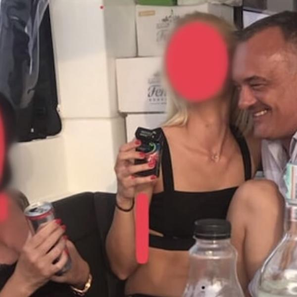 videozapisi žena koje daju oralni seks