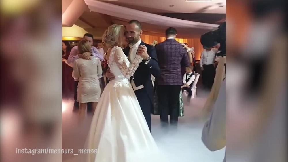 BOSANSKI ATLETIČAR ZAPLAKAO NA SVADBI ZBOG MLADE: A pogledajte koju pesmu im je Mirza Selimović posvetio za prvi ples (VIDEO)