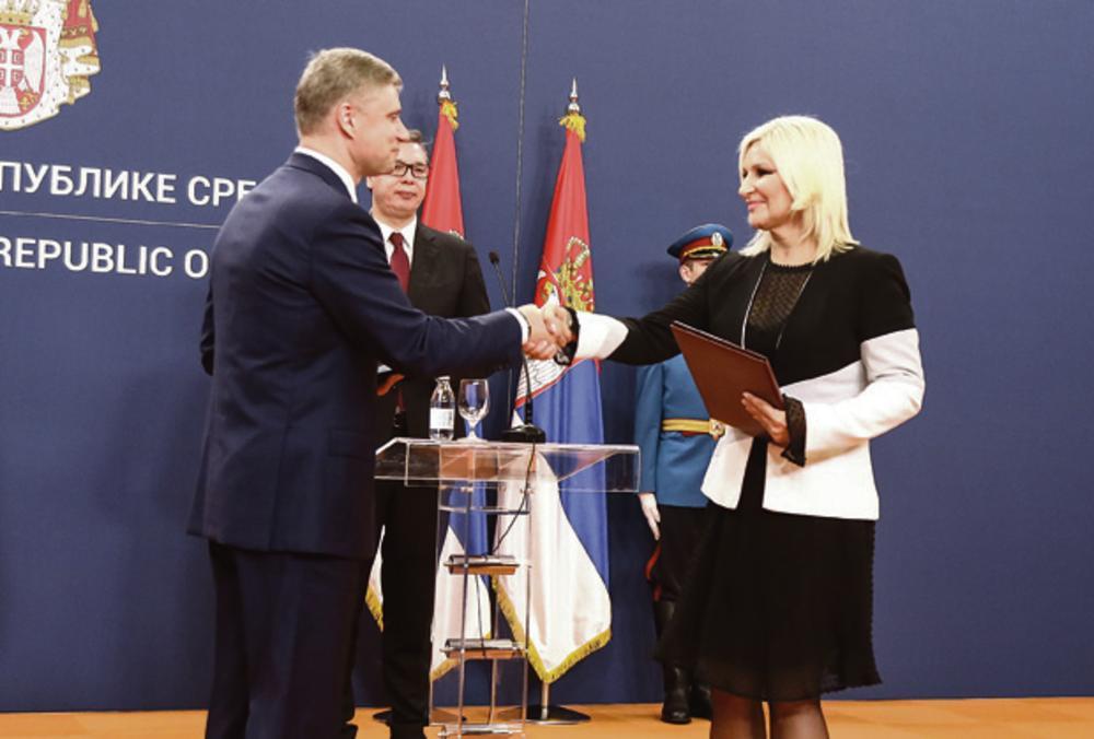 18.35 Palata Srbija: Ceremonija razmene potpisanih bilateralnih dokumenata u prisustvu dvojice državnika