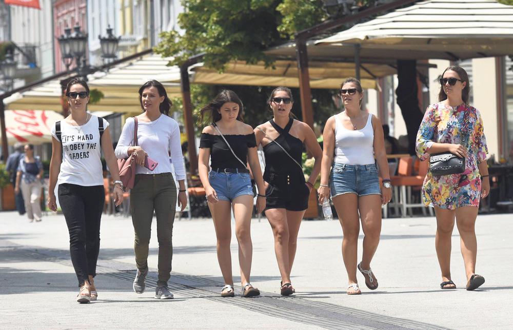MIHOLJSKO LETO DO KRAJA MESECA: Danas je najtopliji 21. oktobar u istoriji