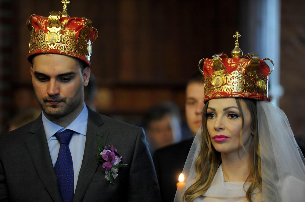 NAŠI ODNOSI SU ZAHLADNELI: Jelena Gerbec se posle 3 godine razvela, a otkriva u kakvom je odnosu sa BIVŠIM i kome je pripalo starateljstvo nad ĆERKOM!