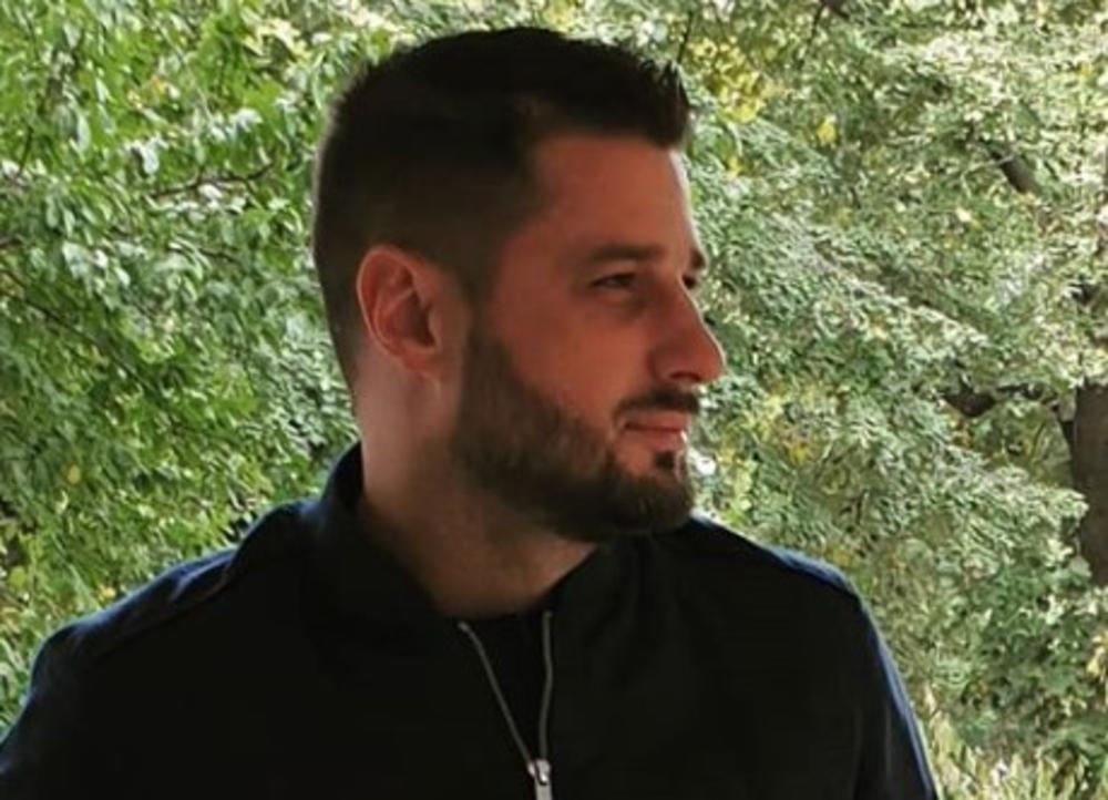 LUNINOG DEČKA PRATI POLICIJA: Miljkovića zaustavili nasred ulice, poručio je samo JEDNO! (FOTO)