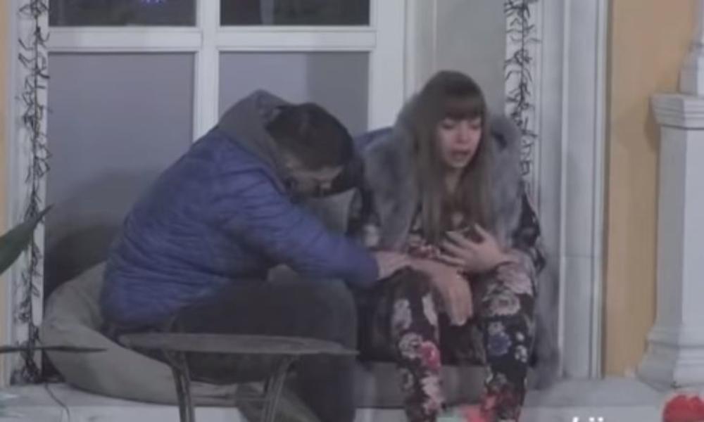 MILJANA KULIĆ SE GRABILA ZA VAZDUH! Usred rasprave umalo nije pala sa nogu: A majka je prozivala FOLIRANTOM i nije spuštala loptu! DRAMA! (VIDEO)