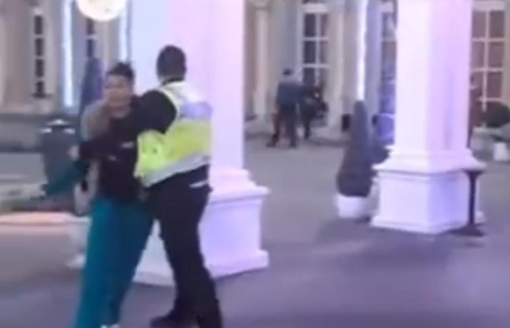 MONSTRUOZNO! Saška Karan uputila stravične pretnje: Unuče će ti biti u bazenu, samo se zaje*avaj! STRAŠNO! (VIDEO)