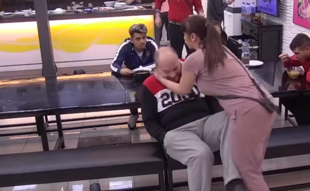MILJANA KULIĆ TRUDNA SA GAVRIĆEM?! Izlanula se u jeku svađe, Mirko počeo da MUCA od šoka (VIDEO)