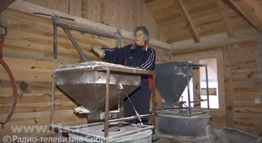 Једина воденица на Рачи, на ушћу у Дрину: Совија (79) из Бајине Баште 60 година меље жито