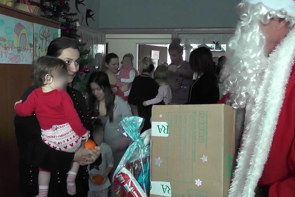DA NAJMLAĐIM PACIJENTIMA BUDE MAKAR MALO LAKŠE: Crveni krst Kruševca obilazi mališane na Dečijem odeljenju