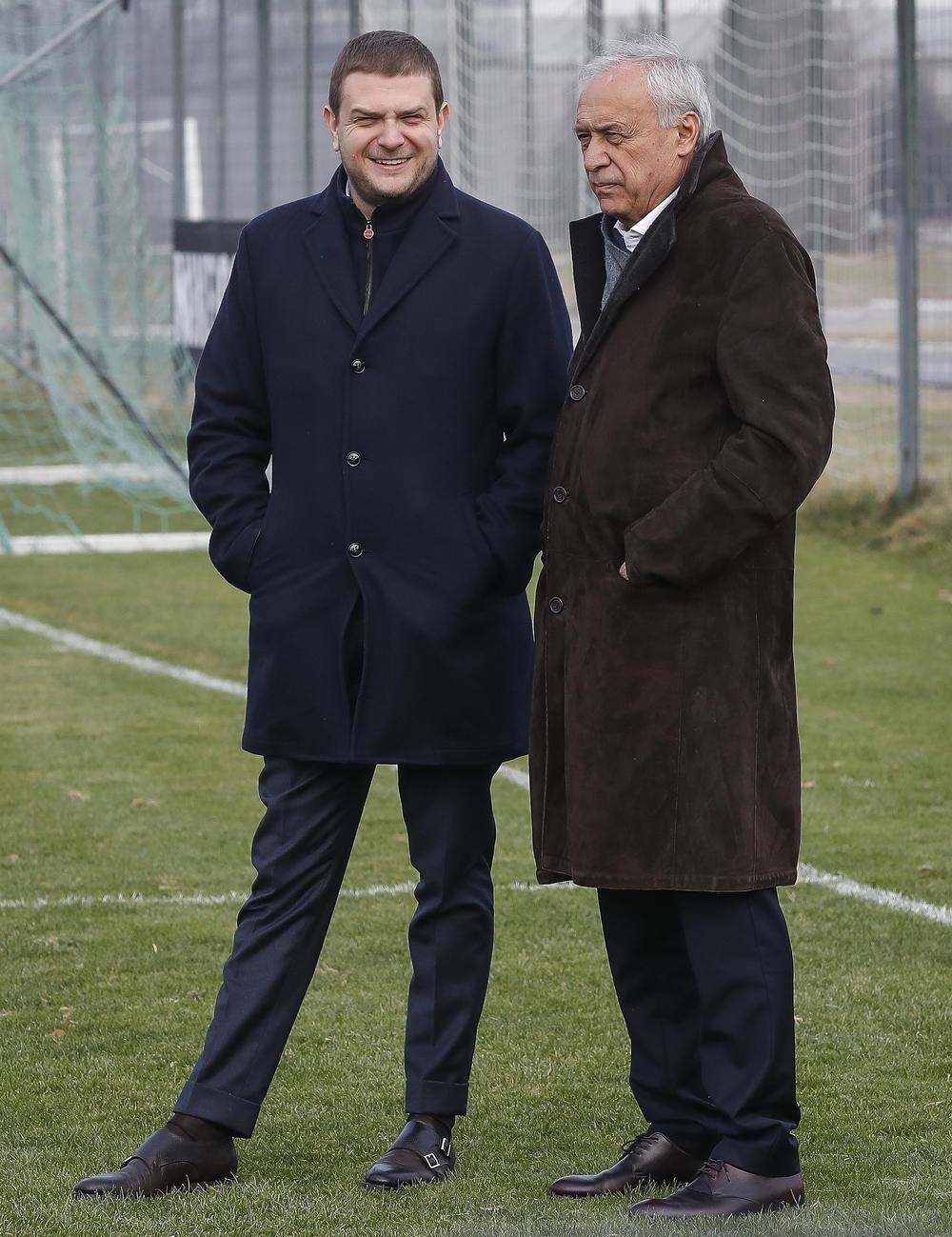 početak priprema, Miloš Vazura, Milorad Vučelić