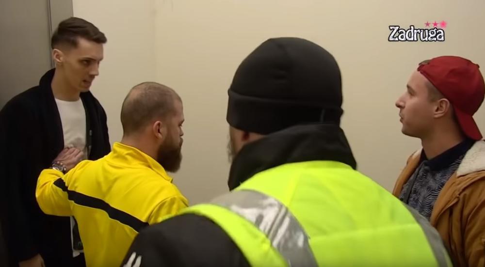 ŠTA MAFIJAŠ, ŠTA SE K*RČIŠ! Obezbeđenje uletelo da spreči TUČU! HAOS! (VIDEO)