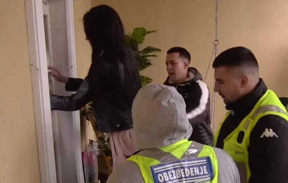 RASKID SA MATEJOM DOVEO JU JE DO LUDILA: Tara Simov BEŽI iz rijalitija! Lupa na vrata i gura obezbeđenje! (VIDEO)