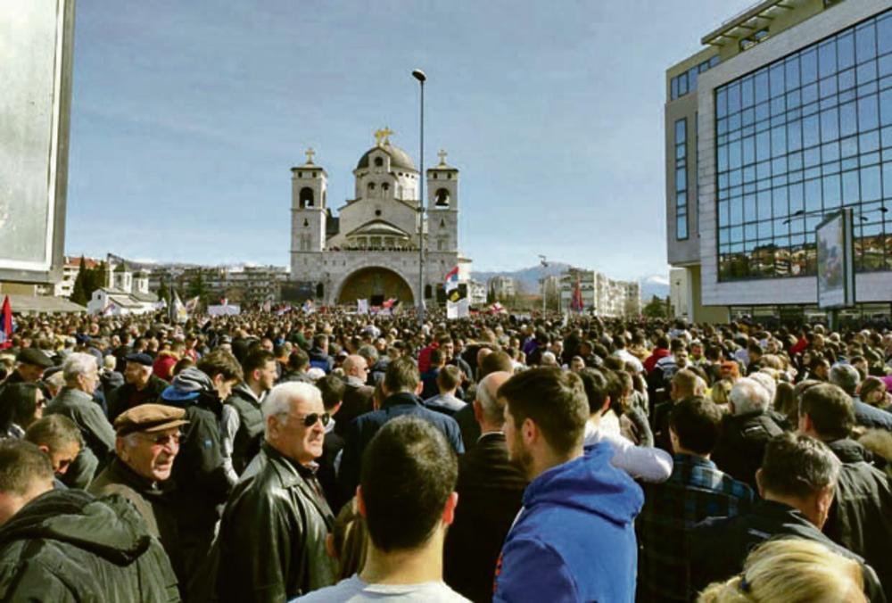 Kao da je stigla cela Crna Gora... Podgorica