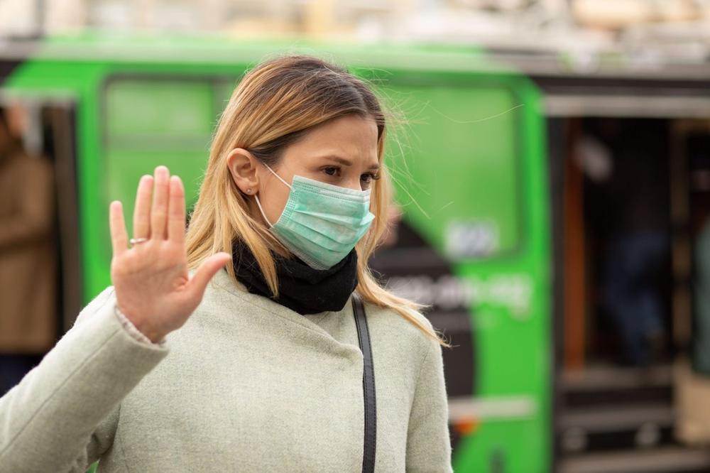 10 NAJVEĆIH ZABLUDA O KORONI! Stručnjak srušio mitove o virusu: Da li nestaje na leto i kako da znate jeste li zaraženi? 2