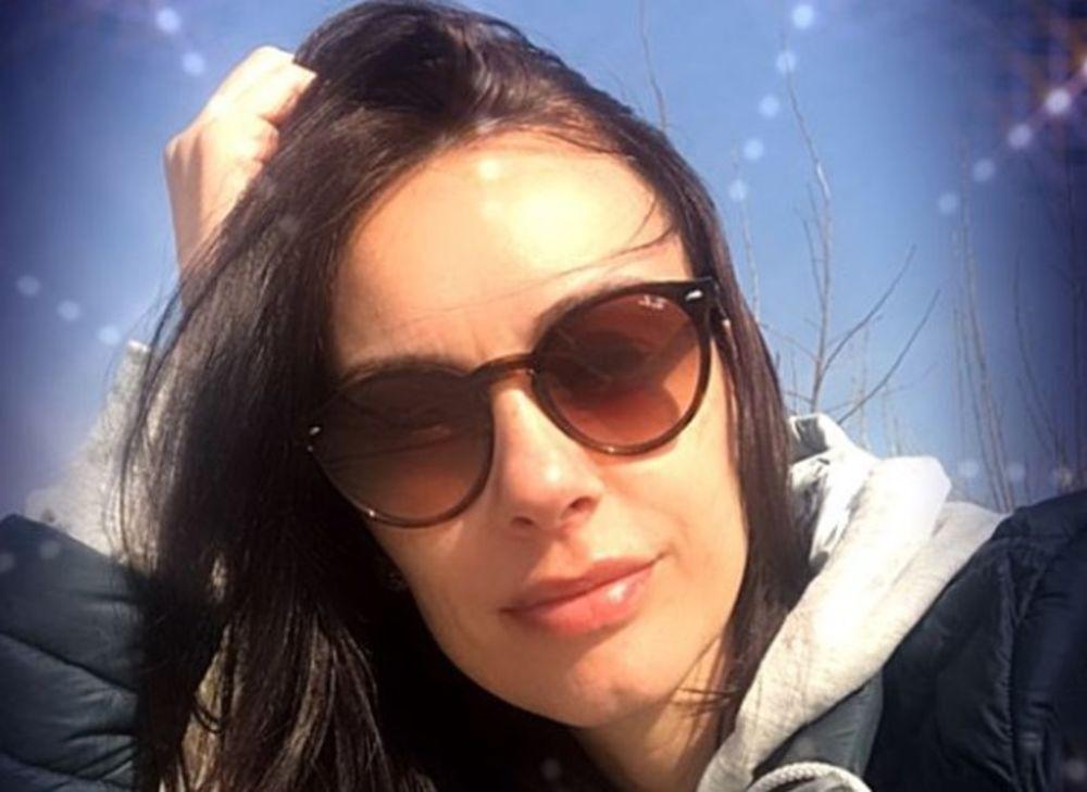 SLOBODA MIĆALOVIĆ NAŠLA SVOJ MIR: Glumica fotkom oduševila fanove, a usledila je i BITNA PORUKA! (FOTO)