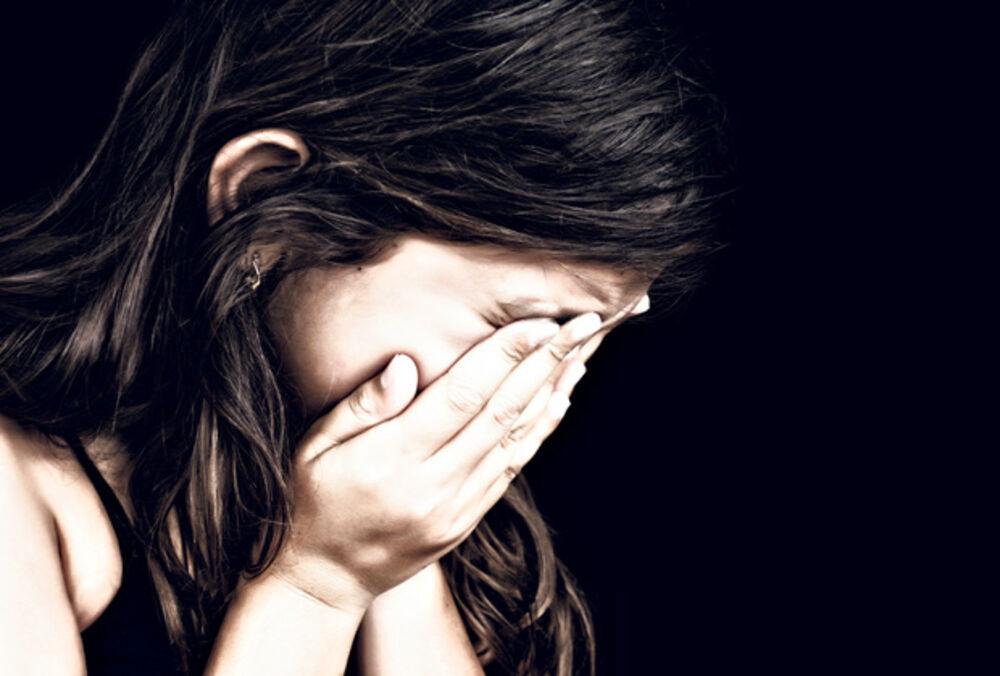 MANIJAK ISPREPADAO DETE: Uznemiravao devojčicu (11) na autobuskoj stanici u Nišu, komšije upozoravaju da to nije prvi put!