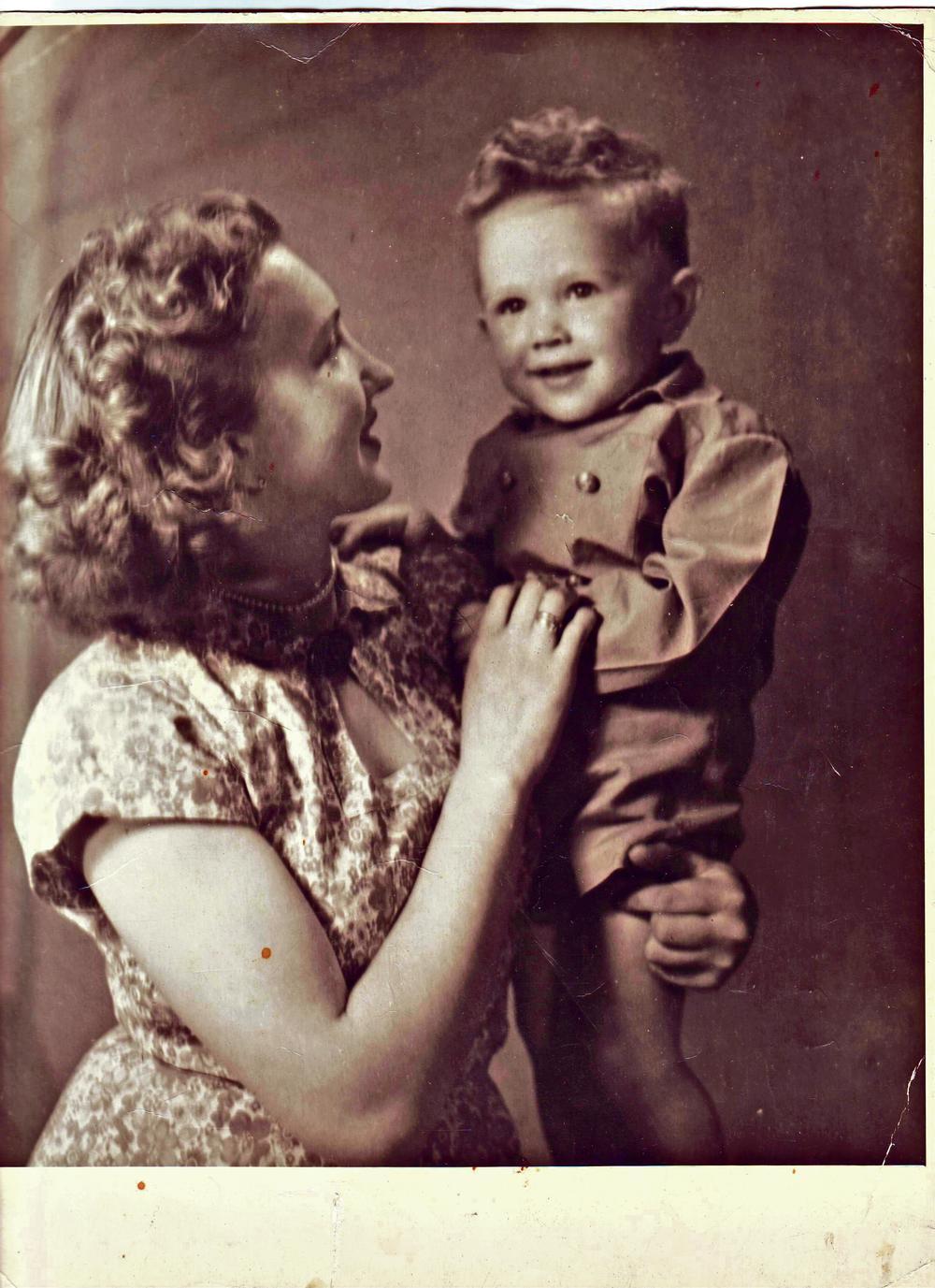 S majkom Marijom