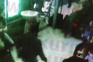 UMRO SAM, PA SU ME REANIMIRALI: Oglasili se policajci čije je prebijanje zgrozilo Srbiju! JEDNOM ODSEKLI I UVO (VIDEO)