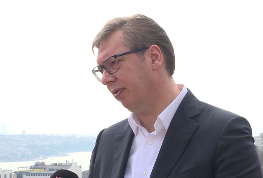 VUČIĆ JASAN: Nemam sumnje da bi Brisel voleo pobedu Bajdena, ali to ne znači da će BG popustiti pritiscima