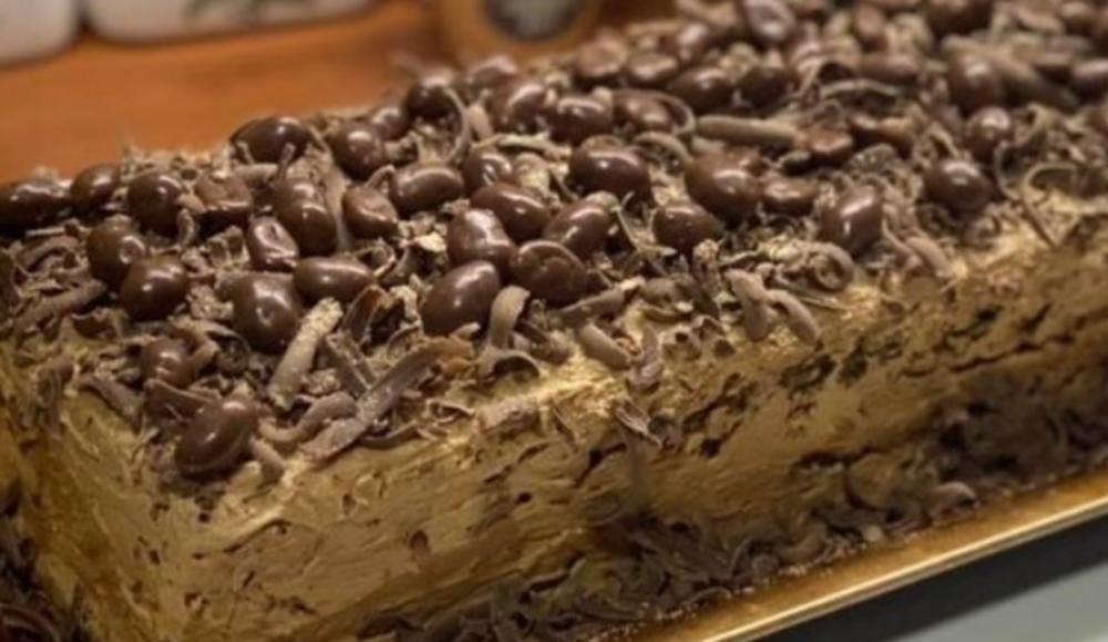 ČOKOLADNA TORTA BEZ BRAŠNA! Puna fila, lagana i sa puno oraha: A evo kako se priprema!