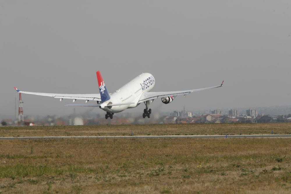 Prvi let ka novoj destinaciji u Švajcarskoj ER SRBIJA POČELA DA LETI ZA ŽENEVU