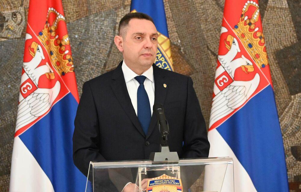 MINISTAR VULIN: Iskazi Miljkovića i Belivuka prenose se u delovima da bi što duže napadali Vučića i mene