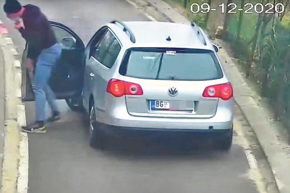 Ritopek, Automobil