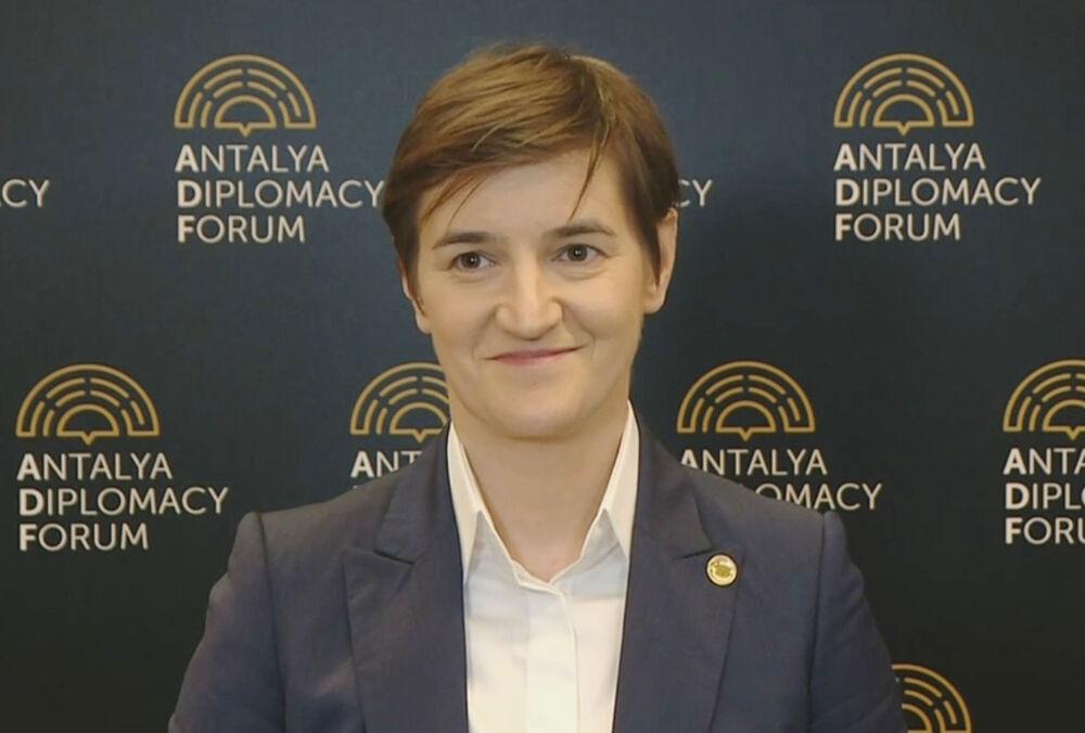 SRBIJA NAPRAVILA OGROMAN KORAK KA EVROPI: Ana Brnabić izjavila da je otvoren Klaster 1