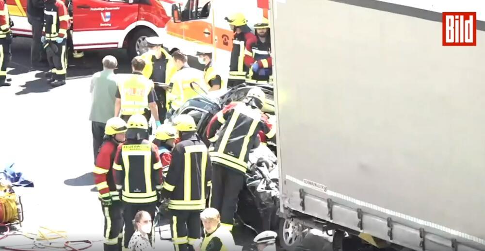teška saobraćajna nesreća, četvoro mrtvih, tragedija Nemačka, Nemačka